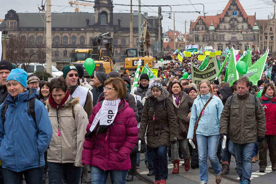 Am Mittwoch wollen in Dresden wieder Tausende Lehrer durch die Innenstadt ziehen. Ihr Ziel ist das Finanzministerium.