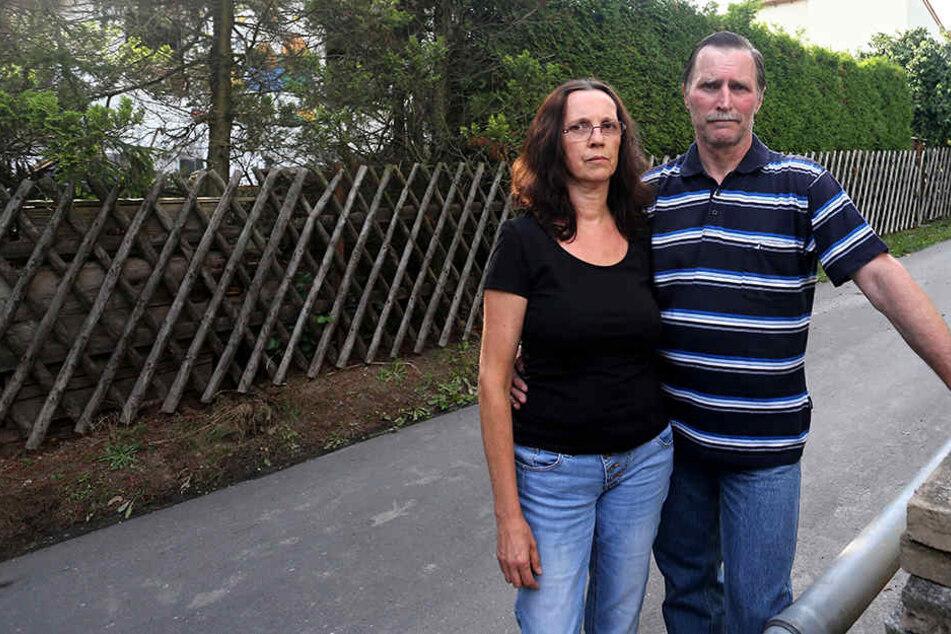 Anett (53) und Gerd Schacht (58) retteten ihre Nachbarn vor dem Feuer-Tod.