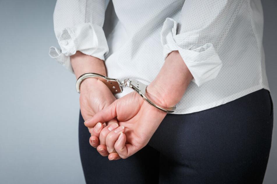 Die Kölner IS-Terroristin wurde zu drei Jahren und neun Monaten Haft verurteilt. (Symbolbild)