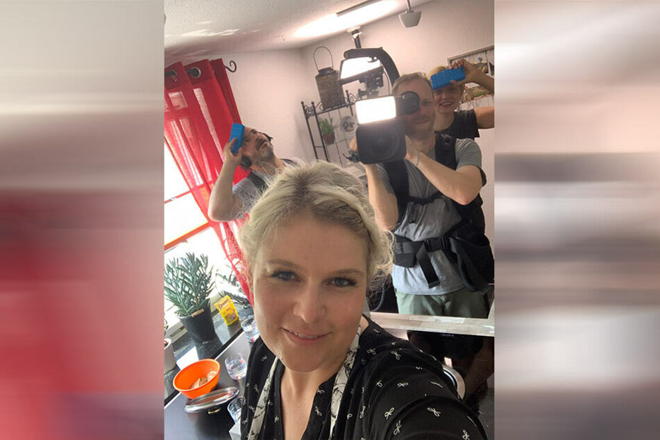 Sarah Gierig auch Dresden steht schon wieder vor der Kamera.