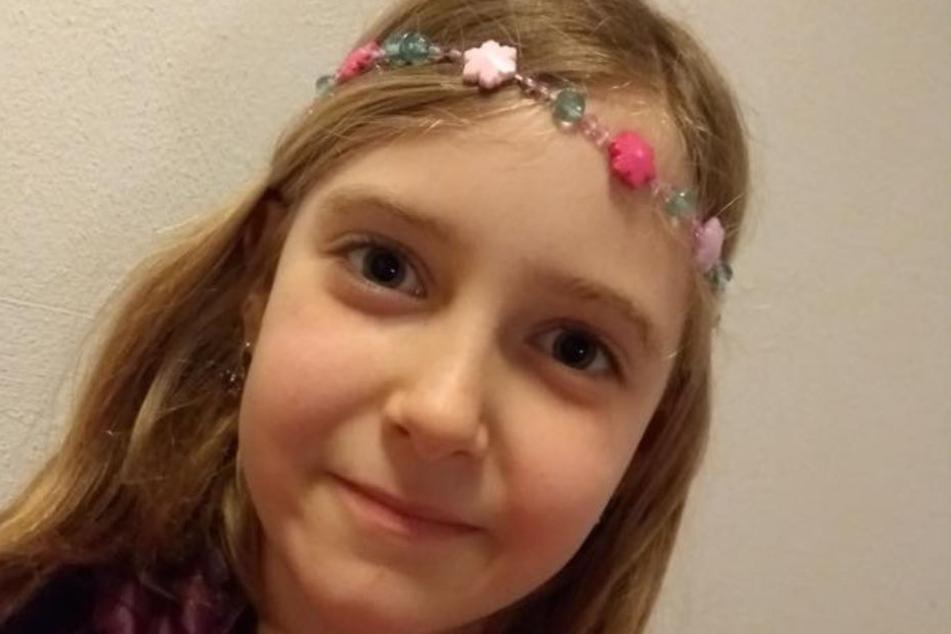 Larissa (8) ist auf jede Hilfe angewiesen.