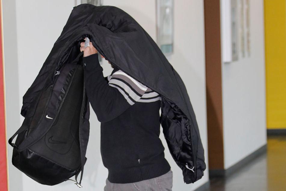 Rico U. am Montag in Chemnitz im Gericht.