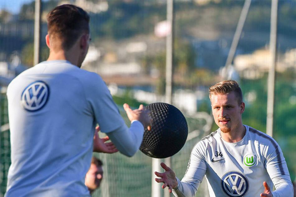 Ex-Dynamo Marvin Stefaniak trainierte auf dem Nebenplatz mit dem VfL Wolfsburg.