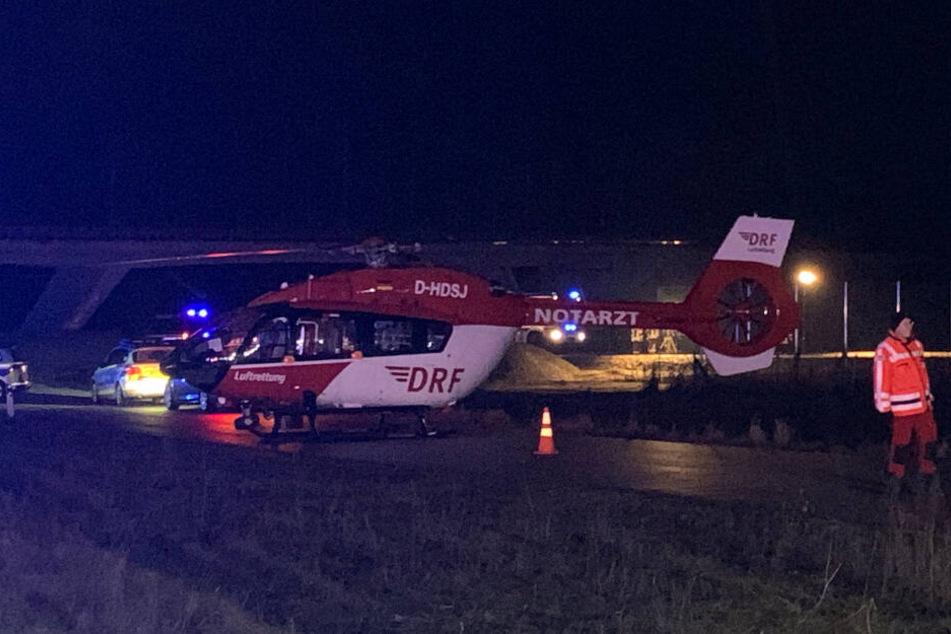 Ein Rettungshubschrauber war bei dem Unfall auf der B2 im Einsatz.