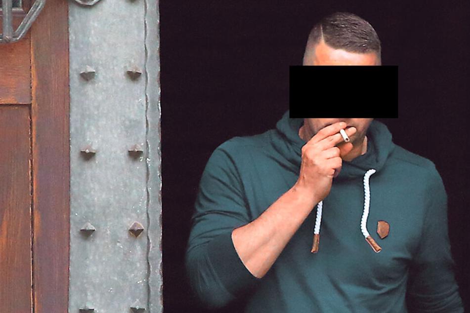 Fabian R. (30, l.) wurde wegen der illegalen Raserei verurteilt.