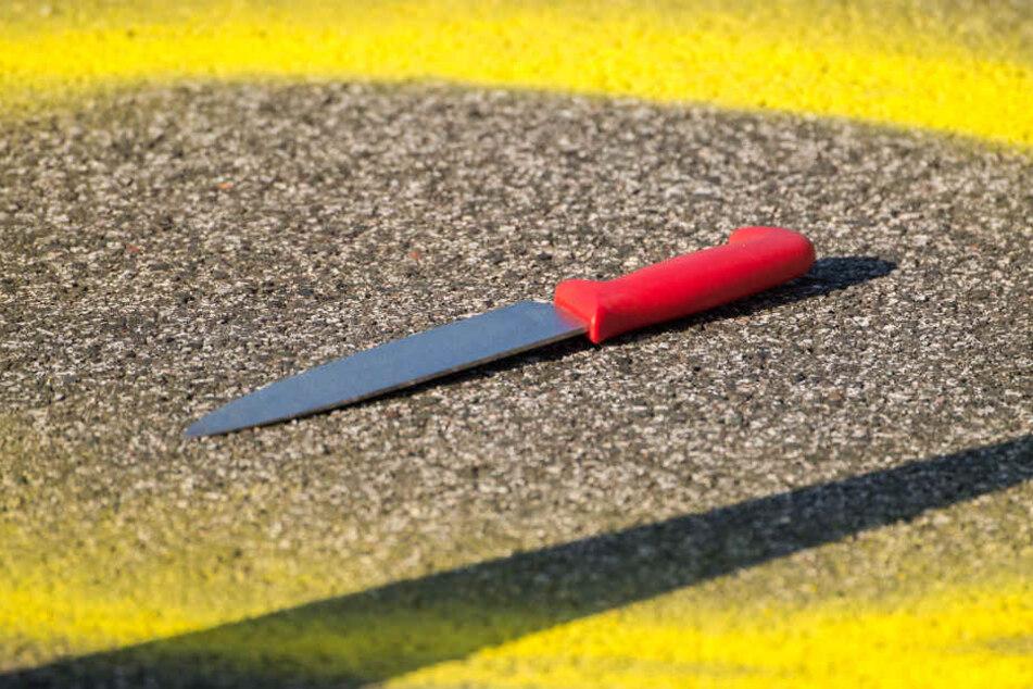 Mit diesem Messer hatte der Angreifer die Passanten bedroht.