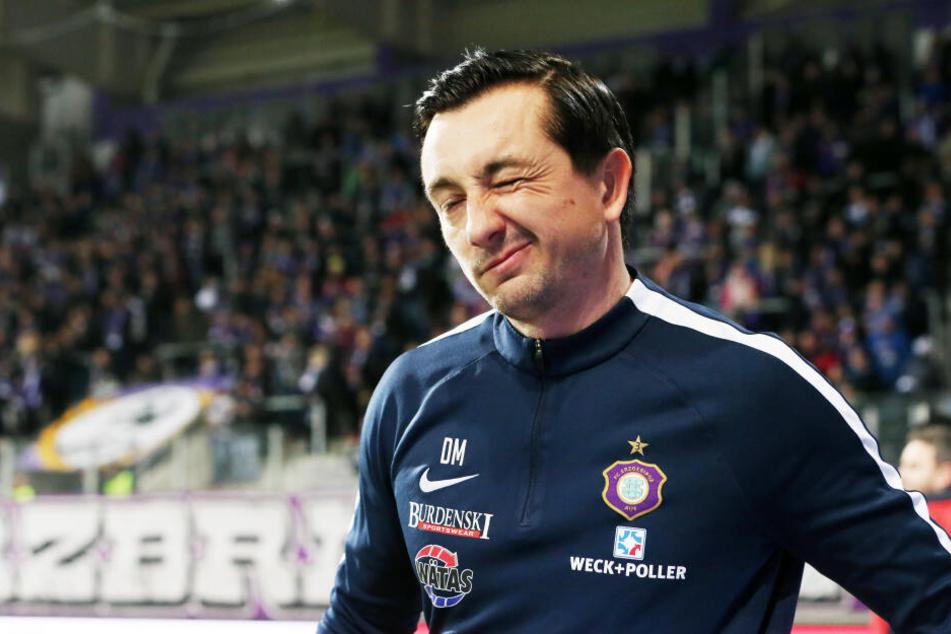 Aue-Trainer Daniel Meyer ist stolz auf die Leistung seiner Mannschaft und gab zwei Tage trainigsfrei.