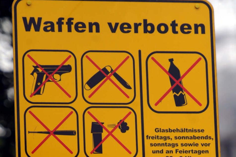 Bürgerbeschwerden: Wird die Waffenverbotszone in der Eisenbahnstraße abgeschafft?