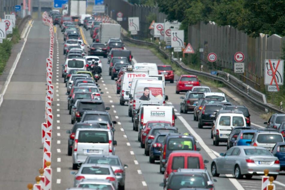 Insgesamt sollen dieses Jahr etwa 1,4 Milliarden Euro auf NRW-Autobahnen verbaut werden.