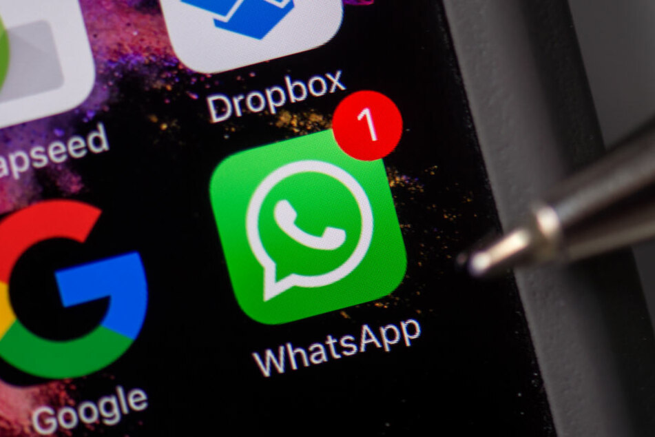 Der angebliche Kredit-Geber kontaktierte sein Opfer über WhatsApp.