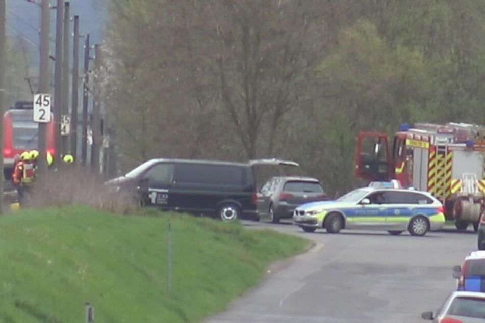 Zahlreiche Rettungskräfte waren am Unglücksort in Eitorf.