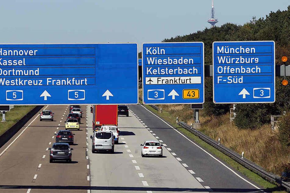 Auf der Autobahn 3 in Hessen kam es am Samstagmorgen zu einem schweren Unfall. (Symbolfoto)