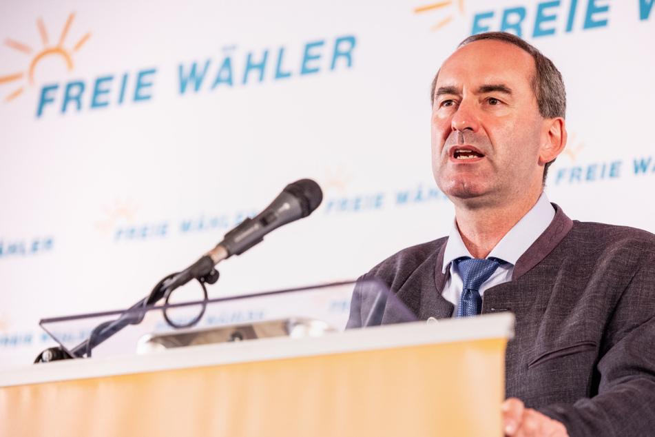 Bayerns Vize-Ministerpräsident Hubert Aiwanger (50) hat sich bisher selbst nicht impfen lassen.
