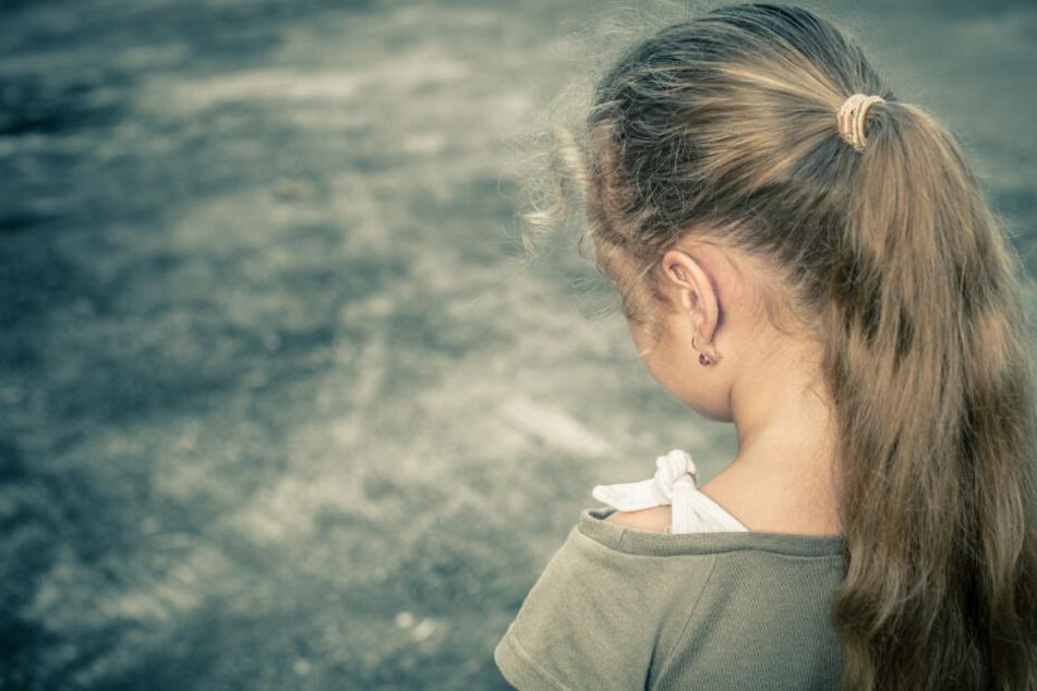 Ein Mädchen soll jahrelang kein Tageslicht gesehen haben. (Symbolbild)