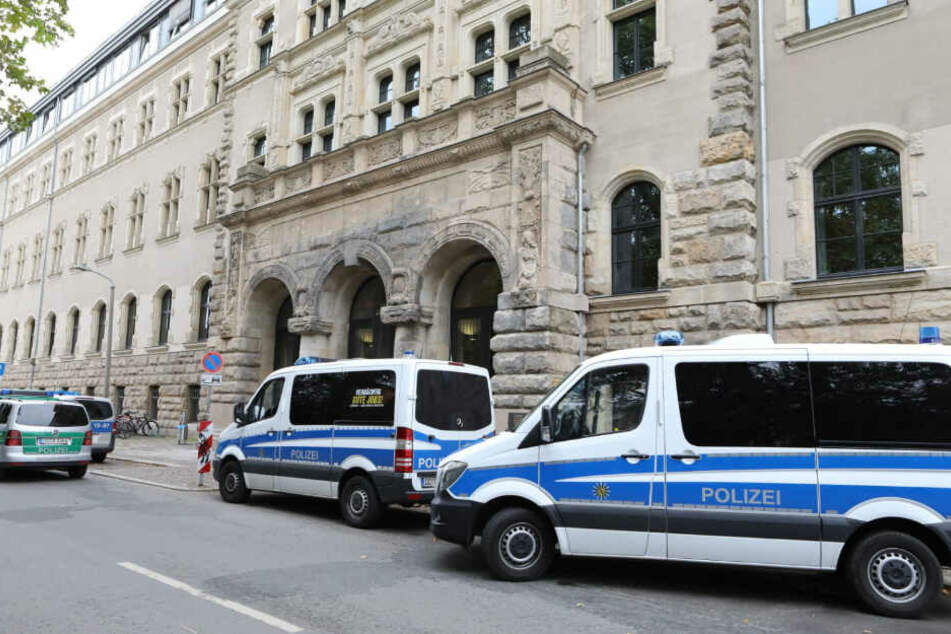 Bombendrohung! Polizeieinsatz am Leipziger Amtsgericht