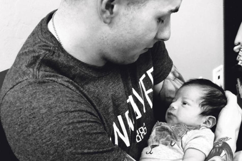 Steven Garcia mit seinem kleinen Leo. Der 24-Jährige will das Baby unbedingt adoptieren.