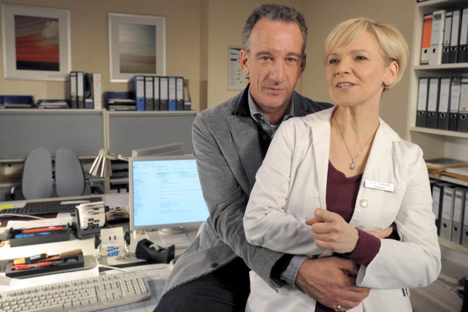 Dr. Kathrin Globischs Ex-Verlobter Alexander Weber taucht plötzlich wieder auf und stellt das Leben der Ärztin auf den Kopf. (Archivbild)