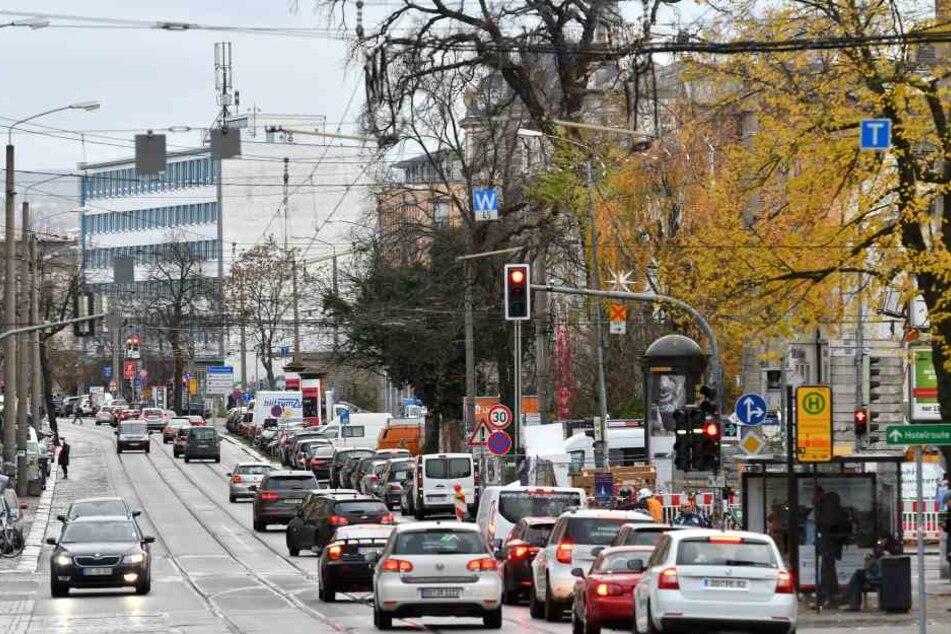 Die Königsbrücker Straße bleibt bis mindestens 2020 eine Rumpelpiste.