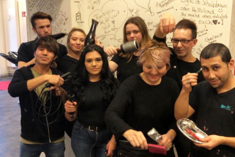 In diesem Friseursalon frisieren talentierte Flüchtlinge die Haare