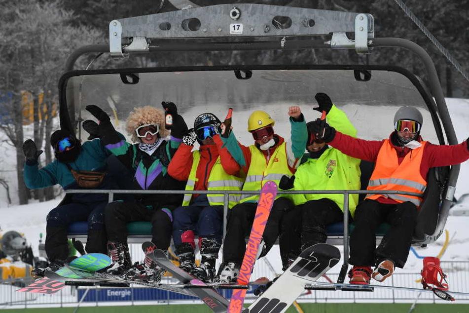 Skifahrer uns Snowboarder hatten viel Spaß diese Saison.