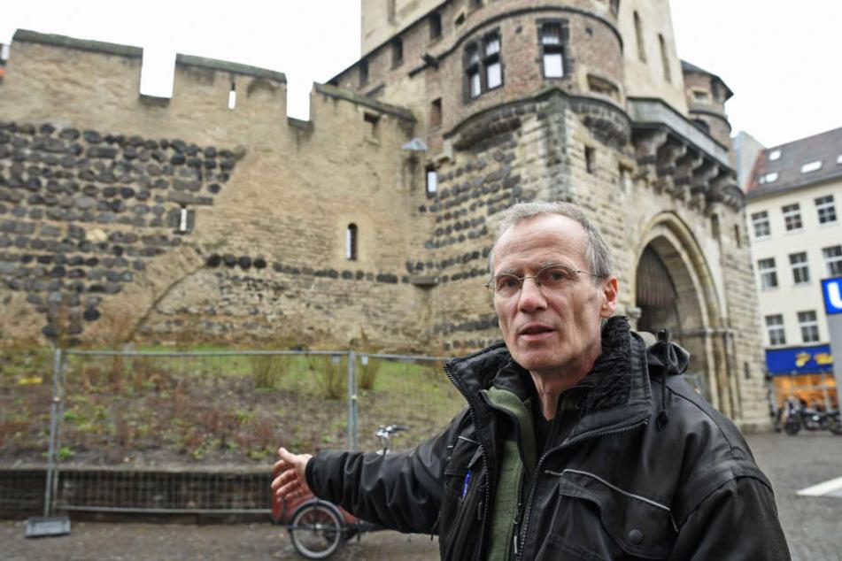 Der Winzer Thomas Eichert will an der Severinstorburg Wein anbauen.
