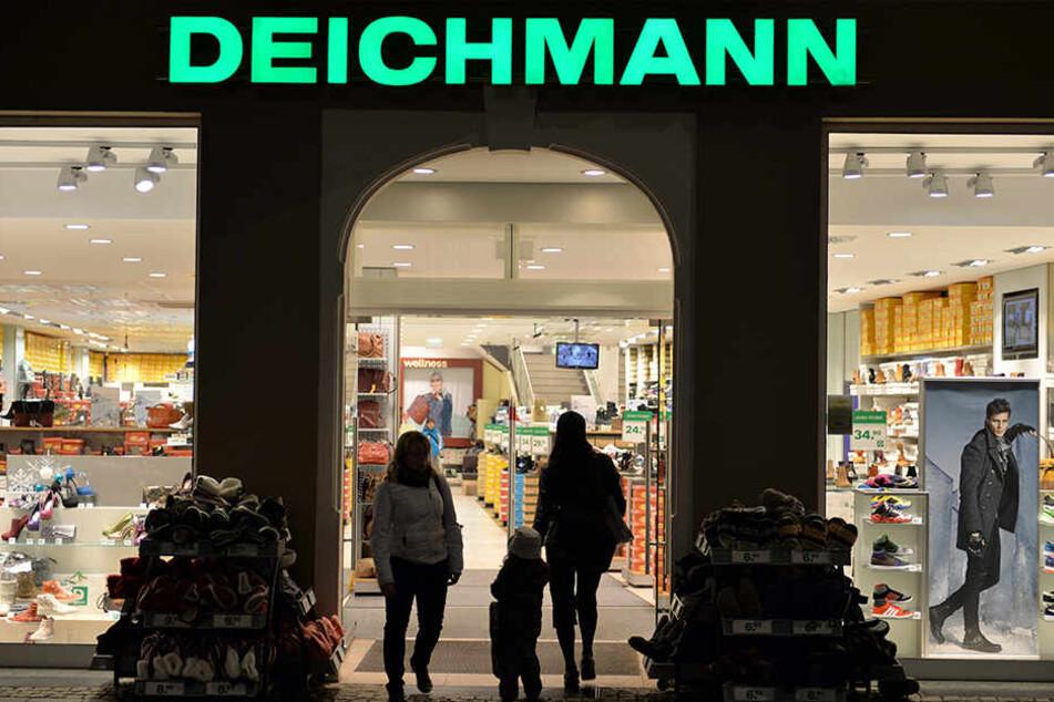 Tatort war eine Deichmann-Filiale. (Symbolbild)