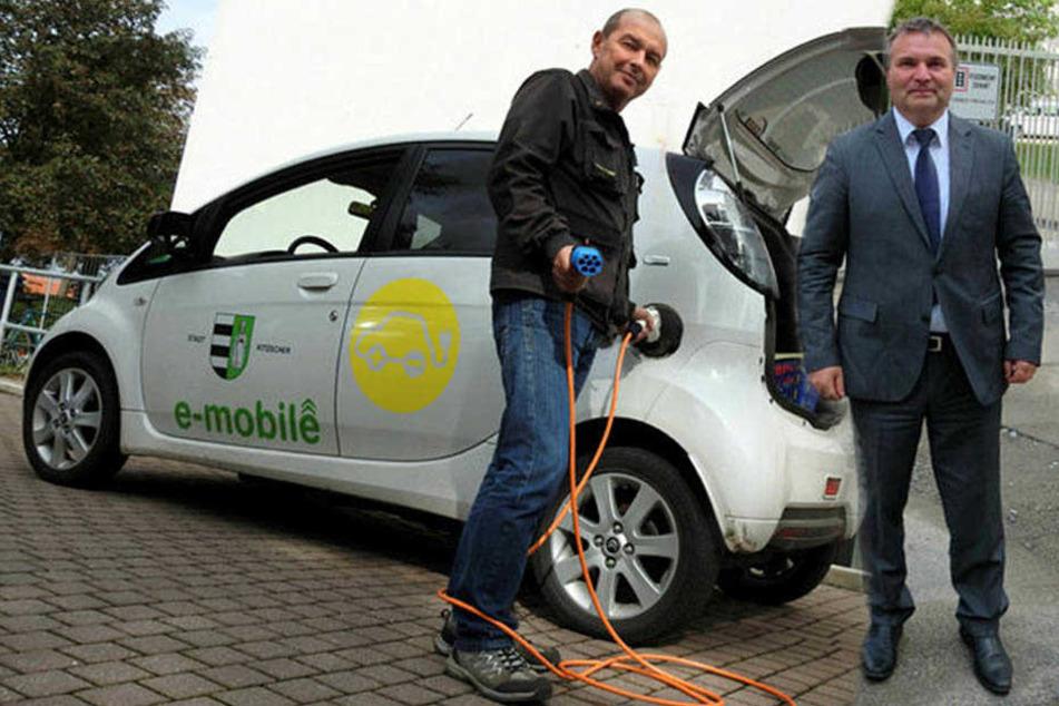 Erste sächsische Kleinstadt mit E-Auto gibt Fahrzeug frustriert zurück