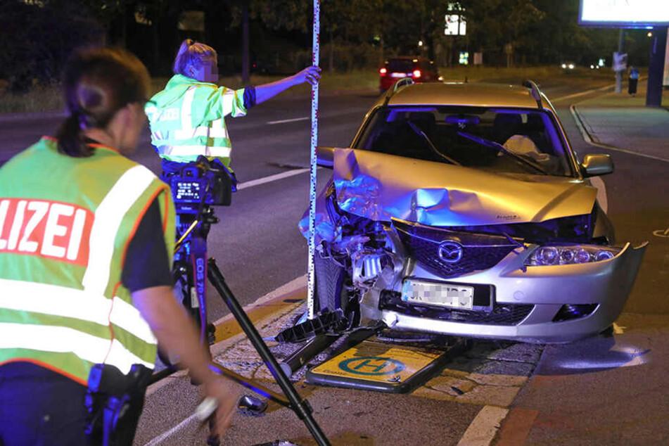 Haltestellenschild umgenietet: Betrunkener Geisterfahrer rast durch Dresden
