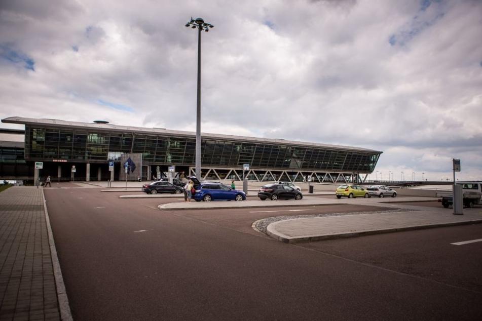 Am Flughafen Leipzig/Halle wurde schon wieder ein verdächtiger Gegenstand gefunden.