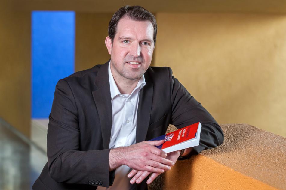 Politikwissenschaftler Eric Linhart (45)