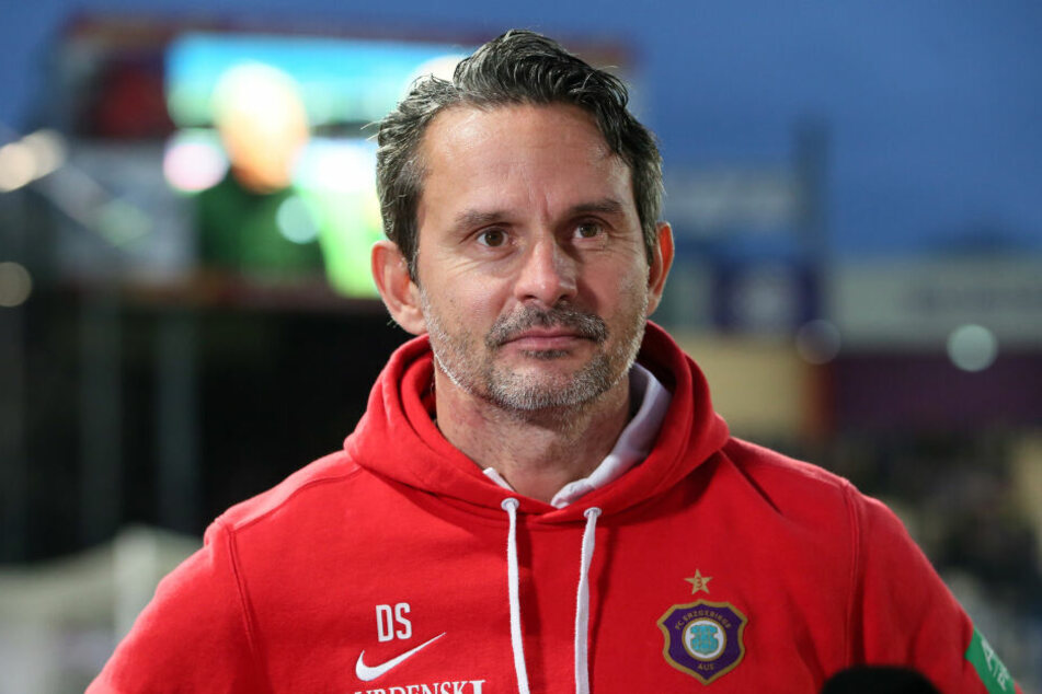 FCE-Trainer Dirk Schuster.
