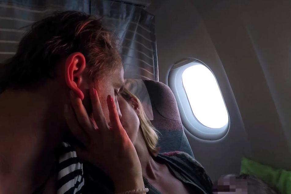 Trotz einiger Turbulenzen an Bord zieht Isabell Horn ein positives Fazit zum Urlaub und Langstreckenflug mit Baby.