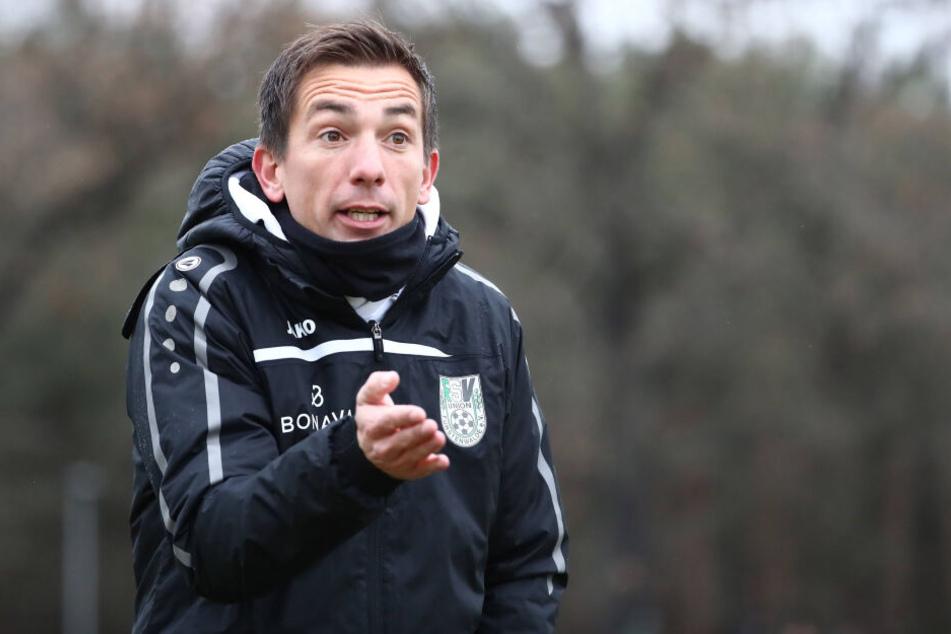 Andre Meyer coacht seit Sommer Union Fürstenwalde. Am Freitag tritt er gegen Bruder Daniel zum Test an.