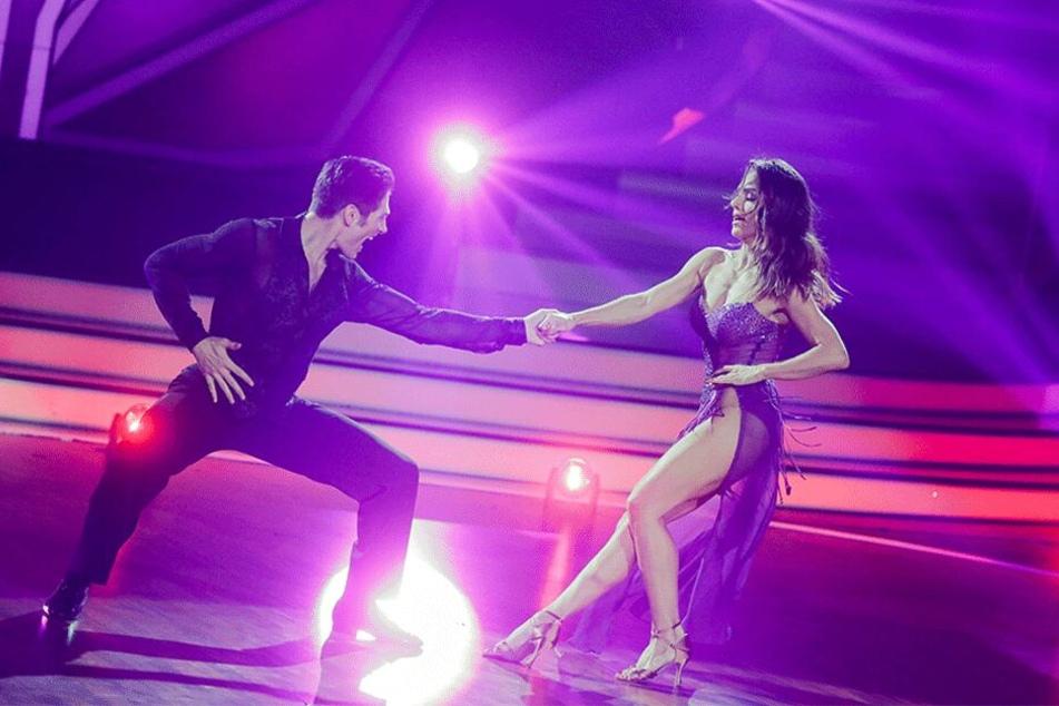 Nazan Eckes mit Profitänzer Christian Polanc in der RTL-Tanzshow Let's Dance im Coloneum.