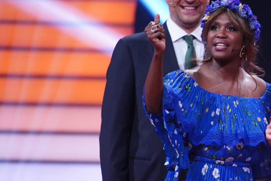 """Fieser Netz-Hate gegen """"Let's Dance""""-Kandidatin: Motsi Mabuse platzt auf Instagram der Kragen"""