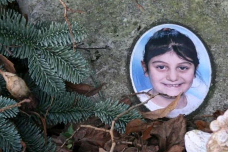 Gedenken an grausamen Mord: Achtjährige vom Nachbarn missbraucht und verscharrt