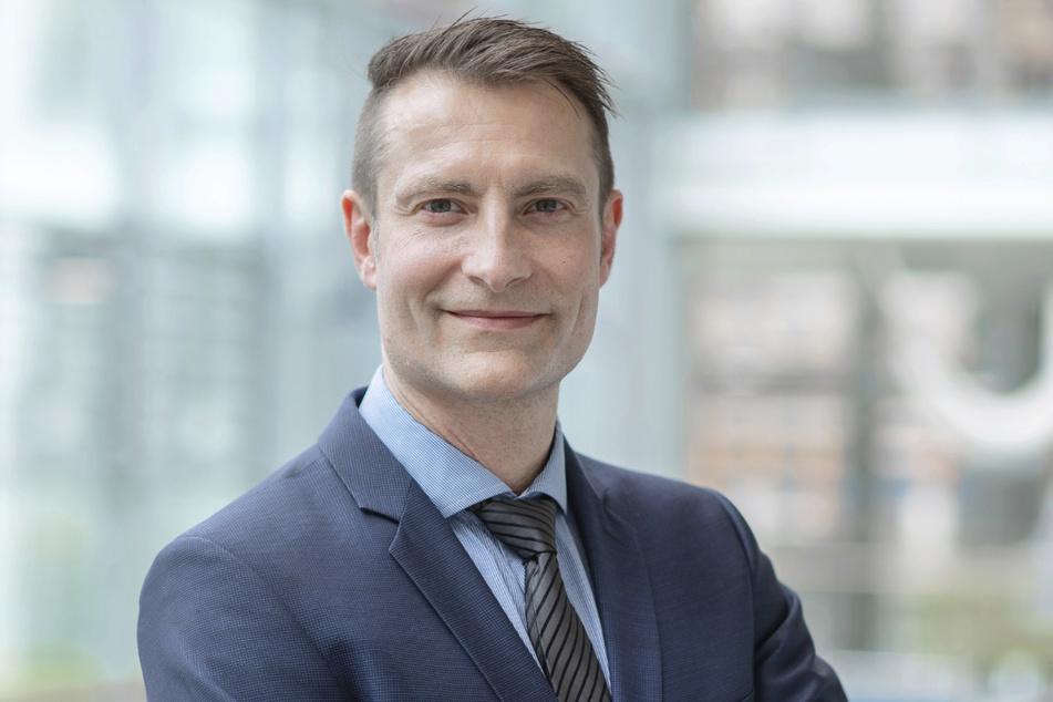 Mathias Pletz ist Direktor des Instituts für Infektionsmedizin und Krankenhaushygiene am Klinikum Jena. Er plädiert für ein behutsames Corona-Management nach den Schulen nach dem Ende der Ferien.