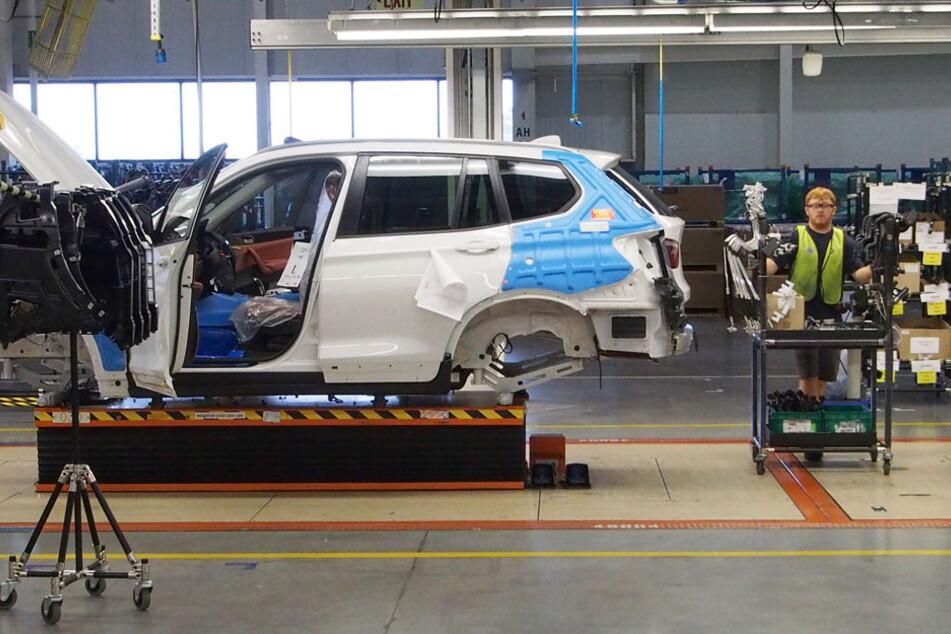 Kein Bedarf, kein Lohn: BMW beurlaubt tausende Mitarbeiter