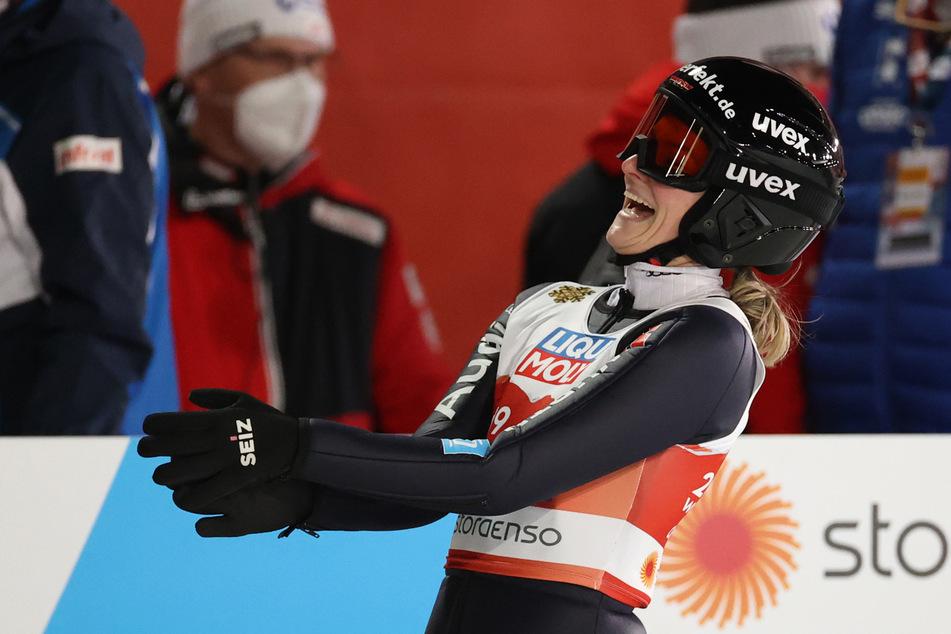Anna Rupprecht holt sich nach ihrer Knieverletzung ihren ersten WM-Titel.