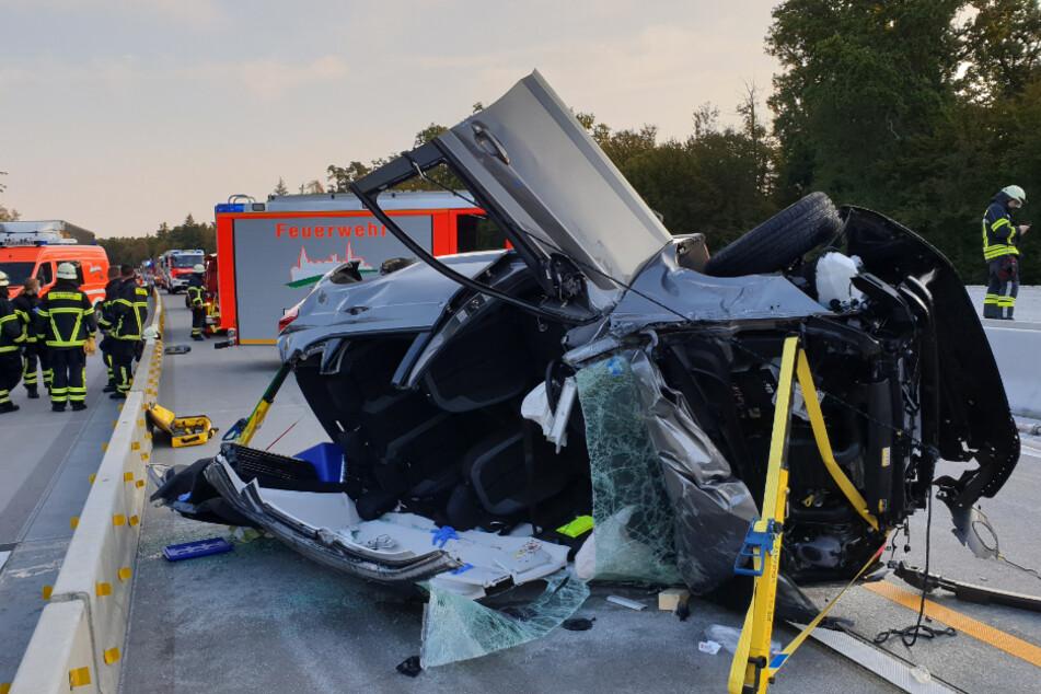 A5 nach heftigem Unfall voll gesperrt