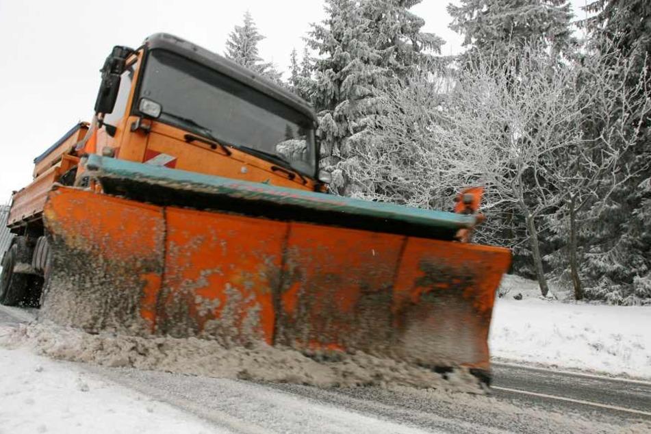 Bereit für den Ernstfall ist Thüringens Winterdienst. Dies bestätigte das Verkehrsministerium am Dienstag.
