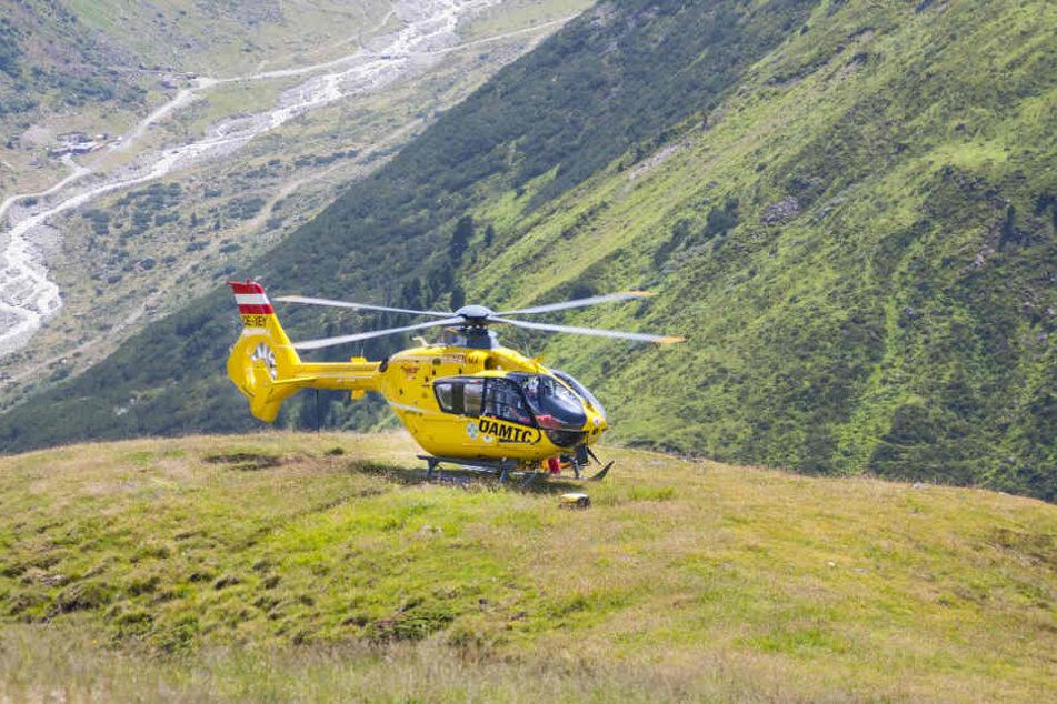 Ein Notartzhubschrauber brachten den verletzten Bergwanderer ins Krankenhaus. (Symbolbild)