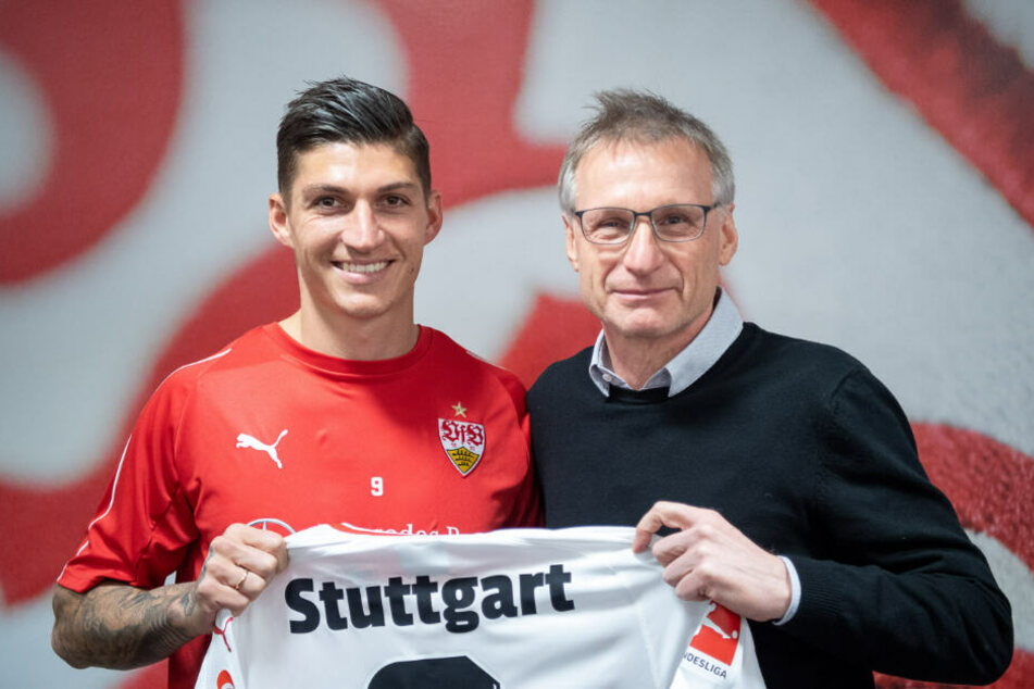 VfB-Sportvorstand Michael Reschke stellte seinen zweiten Neuzugang vor: Steven Zuber ist bis zum Sommer von der TSG Hoffenheim ausgeliehen.