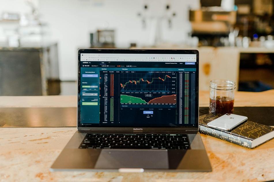 Wertpapierhandel mit Low-Cost-Broker – Was hat es damit auf sich?