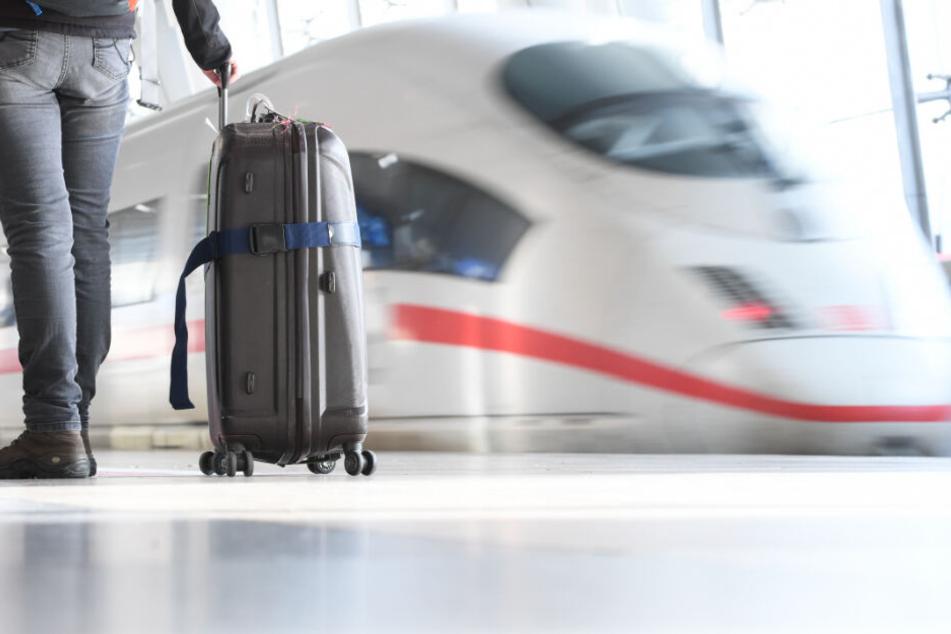 Reisende finden Koffer, danach wird der gesamte ICE evakuiert
