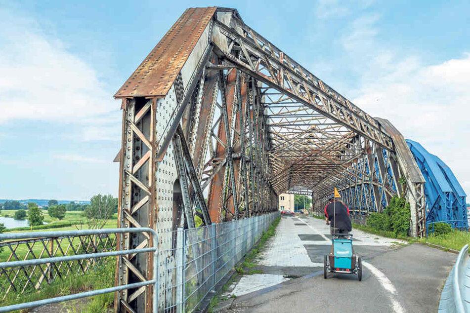 2018 wird die denkmalgeschützte Hafenbrücke am Alberthafen saniert.