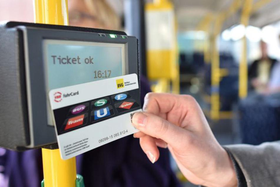 So läuft's künftig ab in den Bussen der BVG. (Symbolbild)