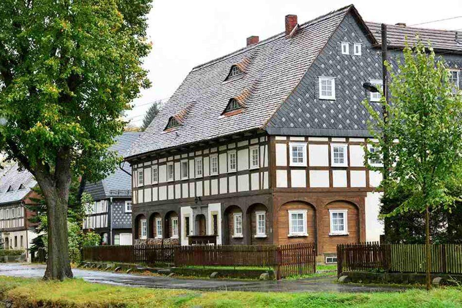 Wie hier in Großschönau gibt es noch rund 6000 Umgebindehäuser in der  Oberlausitz.