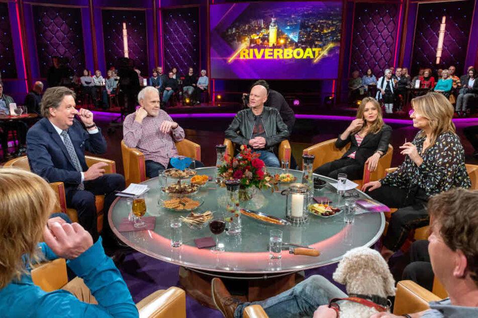 """Durften oder wollten sie nicht im Ersten talken? """"Riverboat"""" mit dem neuen Moderatorengespann Kim Fisher (g.r.) und Jörg Kachelmann (g.l.)."""
