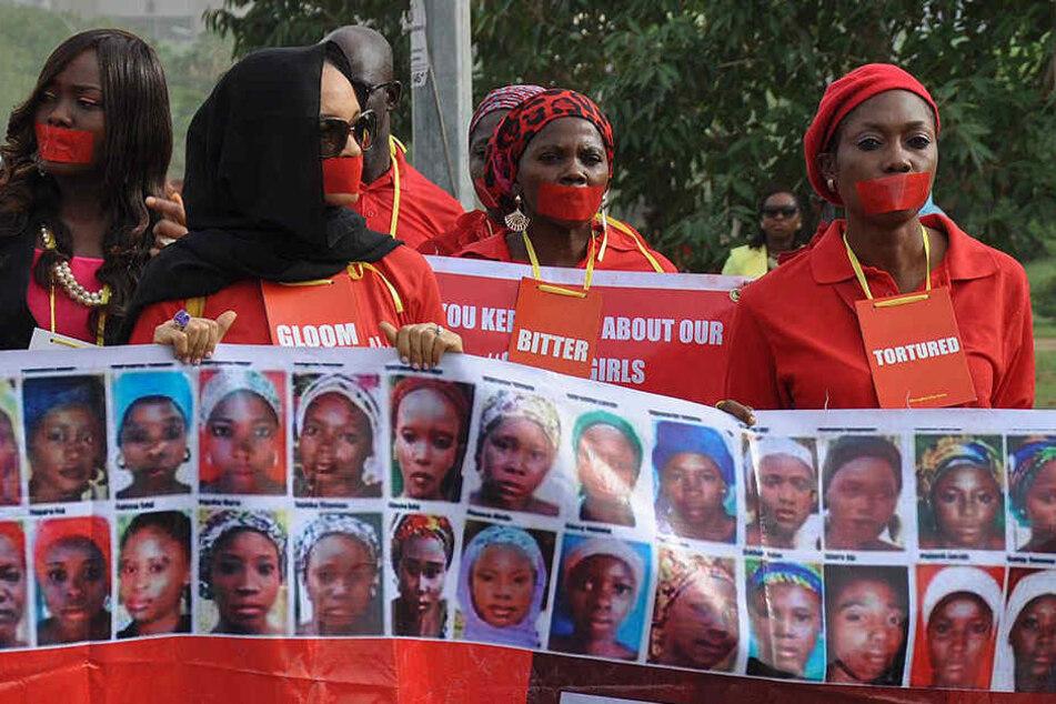 Auf der ganzen Welt hatten sich Frauen für die Freilassung der Mädchen eingesetzt.